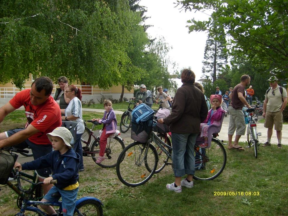 2009.05.16. kerékpáros kirándulás 008.jpg