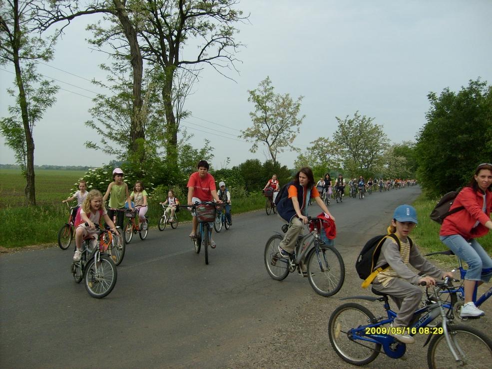 2009.05.16. kerékpáros kirándulás 016.jpg