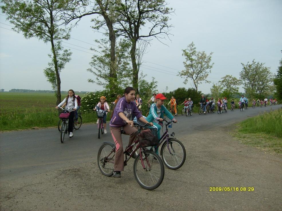 2009.05.16. kerékpáros kirándulás 013.jpg